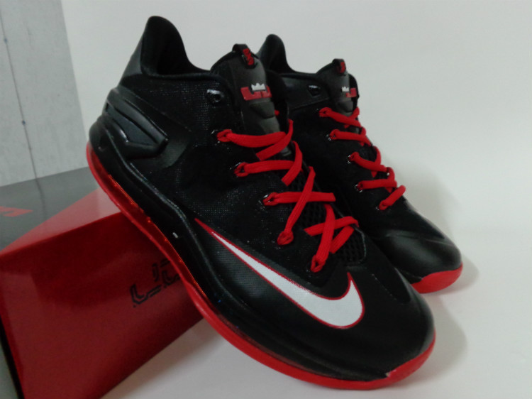 best service 81b36 1613c 2014 Nike Lebron James 11 Black Red Green Shoes