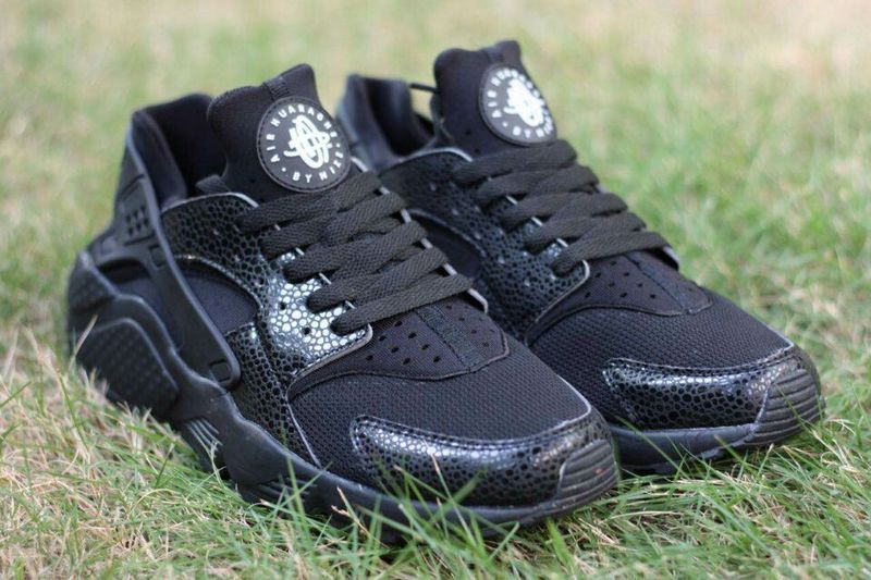 2015 Popular Nike Air Huarache Black White Shoes
