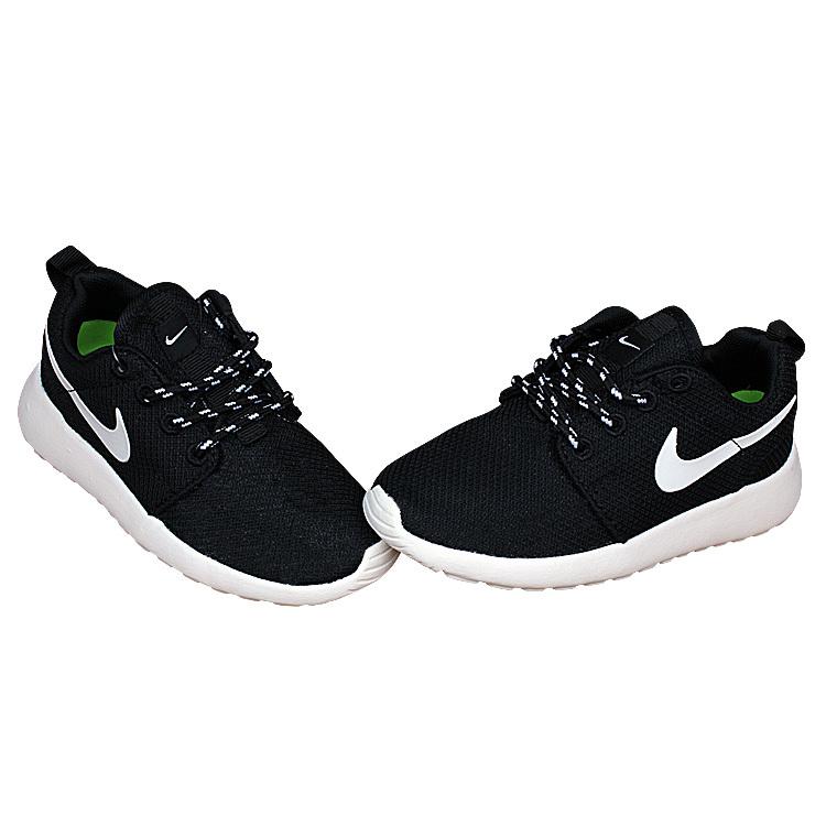 Kids Nike Roshe Run Black White Shoes
