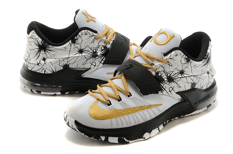 68beca4554 Black And Gold Kd 7 Shoes - Musée des impressionnismes Giverny
