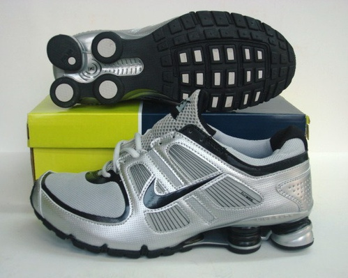 New Nike Shox R5 Silver Black Shoes