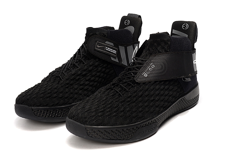 2020 Nike Air Zoom UNVRS All Black