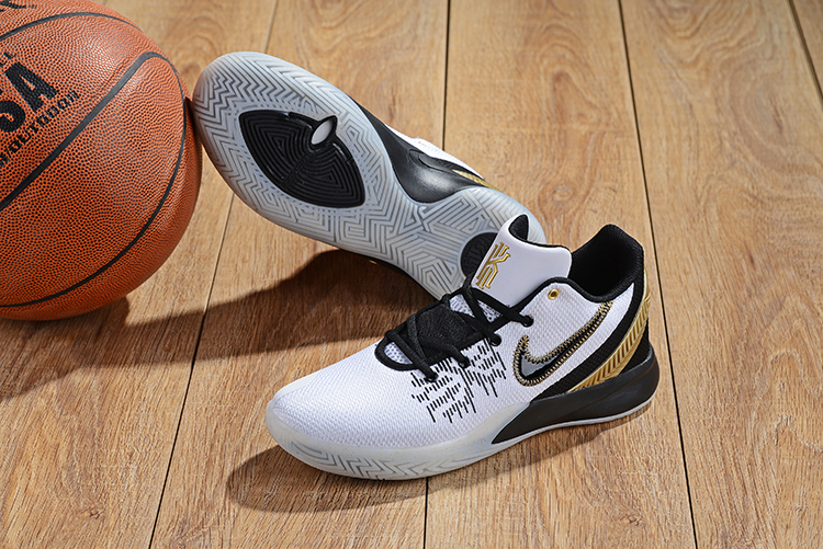 Nike Kyrie Irving Flytrap 2 White Gold Black Basketball Shoes