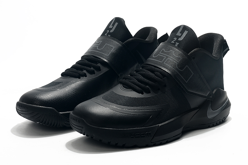 2020 Nike LeBron James Ambassador 12 All Black