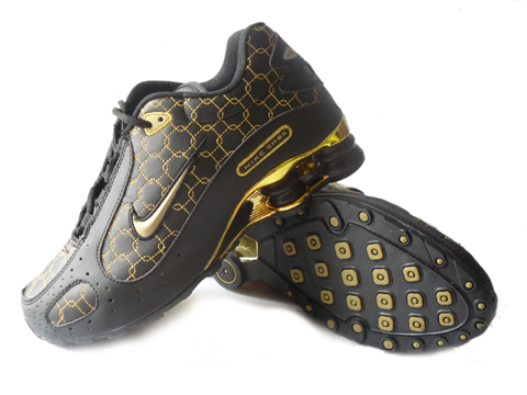 Nike Shox Monster SI Shoes Black Gold