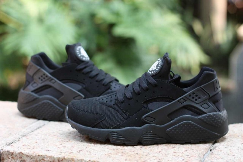 Nike Air Huarache All Black Women's Shoes