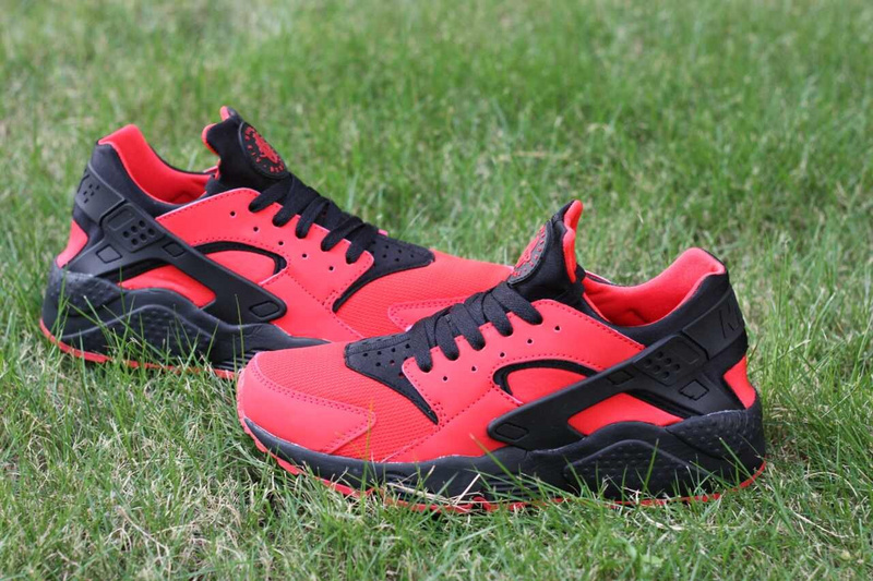Nike Air Huarache Red Black Women's Shoes