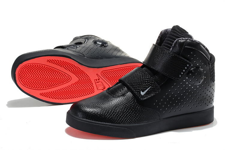 Who Was First Womens Shoes Red Bottom