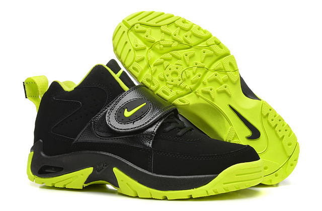 Nike Mason Black Green Shoes
