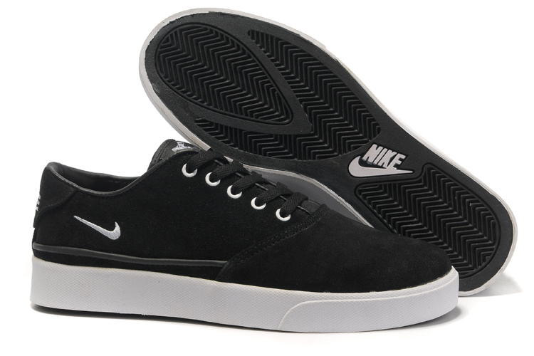 Nike Pepper Low Black White Shoes