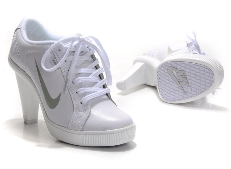 Nike SB Low Heels All White