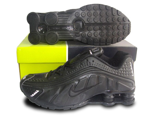 Womens Nike Shox R4 Shoes All Black