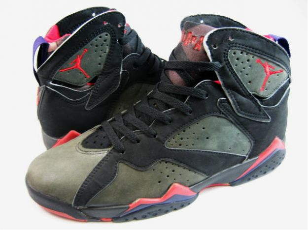 As a way to catch up with the revolutionary society, Nike Air Jordan 7 Retro Black Charcoal Team Red Mens Shoes Review adopt the durable, healthy material